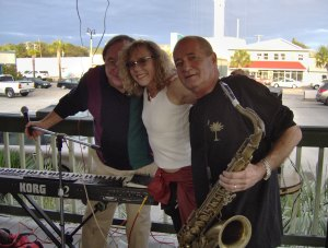 Griff,  Pam  & Johnny at Bar Fly's (now Deckerz) in NMB.